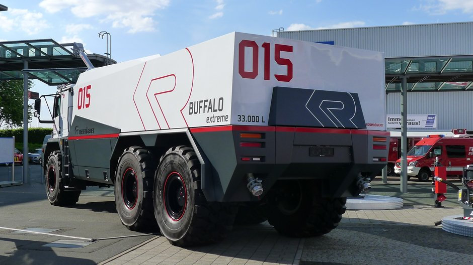 Buffalo Extreme - A Firefighting Truck Worthy of